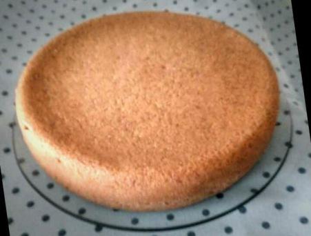 A Maria Raquel Canavilhas enviou-me esta foto do Bolo de Leite de Alcofra. Delicioso, não é?
